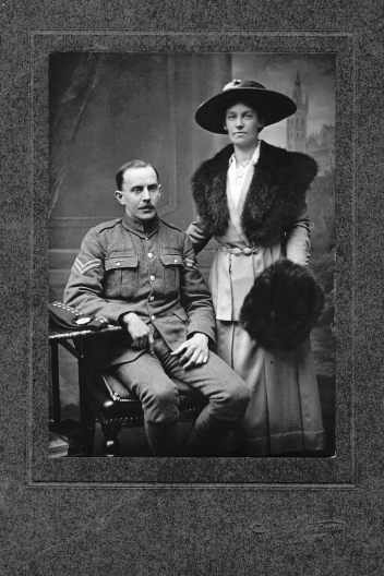 soldier-and-wife.jpg