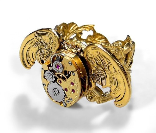 gold wings watch ring