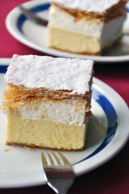 custard-cream-cake